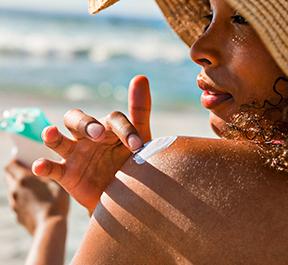 Aproveite os dias de sol sem por a pele em risco